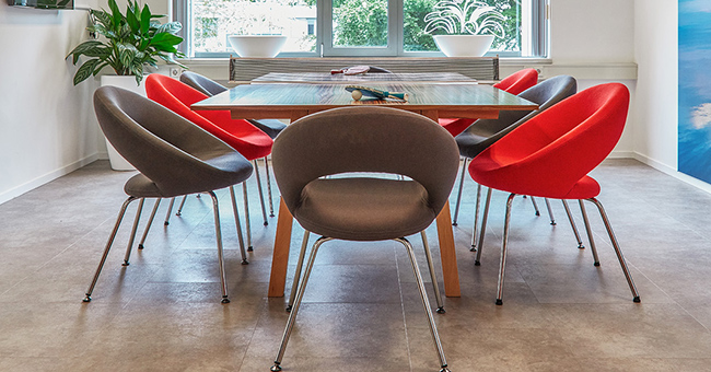 Ping table in the meeting room at De Creatieve Afdeling
