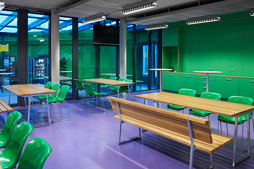 Interior design school Valuascollege, Venlo. Lande furniture as school furniture.