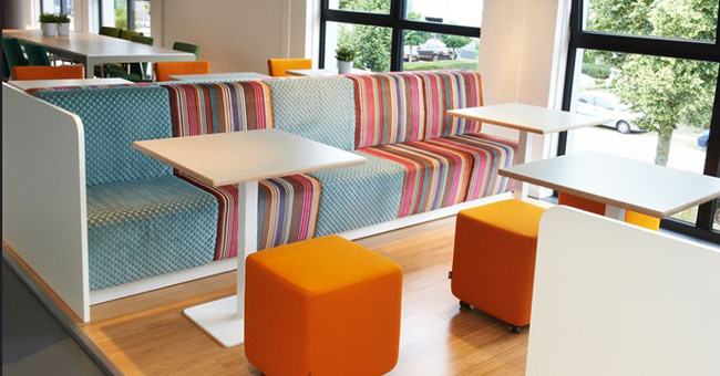 MCSofa bank, Club tafel en Dots